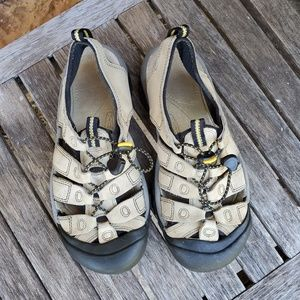 Keen Newport tan leather sandals mens size 8
